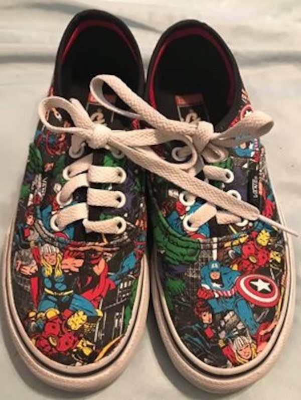 Vans Marvel Comics Superhero Shoes Sneakers Kids Sz. 1