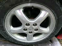 gray Dodge 5-spoke vehicle wheel and ire i Capitol Heights, 20743