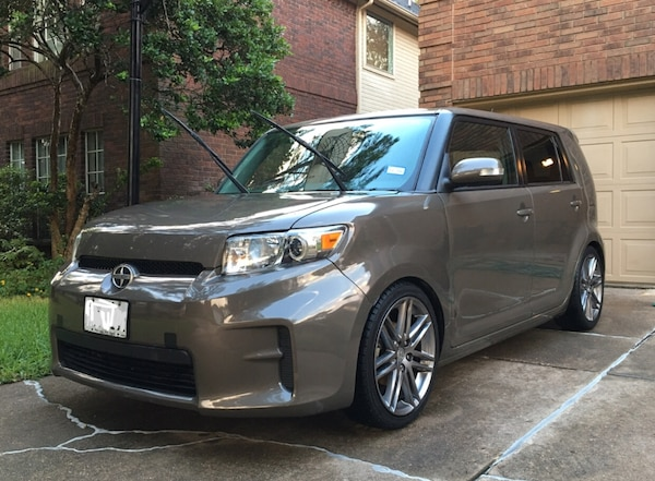 Scion - xB - 2012 0be6086b-5e04-4119-a209-42823349906a