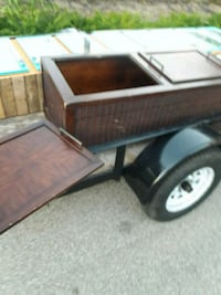 Wood coffee table with removable top pieces  Port Richey, 34668