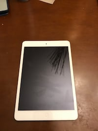 iPad mini 2 (iCloud unlocked) Little Rock, 72211