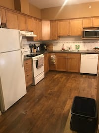Apartment for rent- needs to be rented by end of this month
