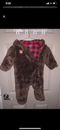 Roots Bear Onesie Mississauga, L4Y 2W8