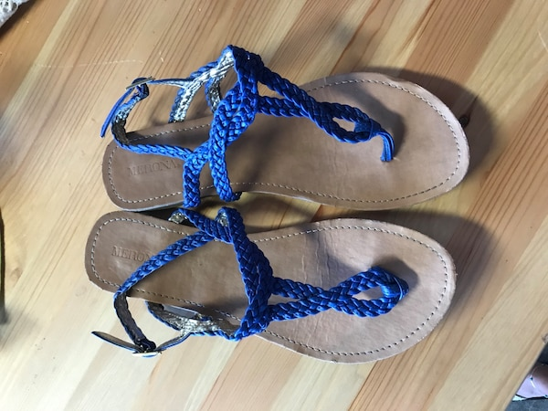 3dd7bc244 Used Blue strappy sandals for sale in Atwater - letgo