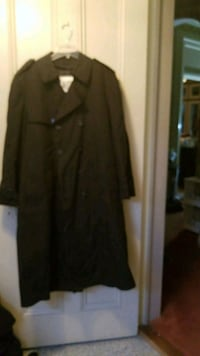 Double line  trenchcoat Middletown, 10940
