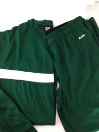Large warmup athletic outfit Plymouth, 55441