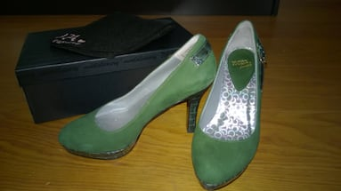 NEW // Emerald green leather pumps - Size 5 (EU 35