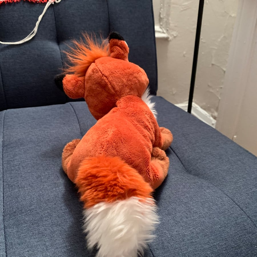 Fox from The Fox and The Hound  ee6f7ced-6328-4606-bba4-fb6fe2671c9e