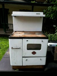 white and black gas grill Rigaud, J0P 1P0