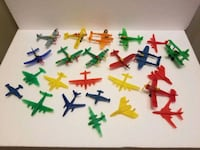 1960s? Vintage Plastic Mini Army Airplane Toys Set of 24