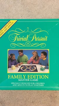 trivial pursuit family edition master game Freehold township, 07728