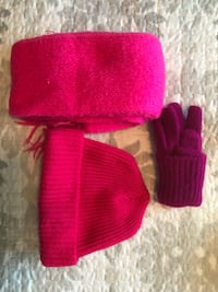 pair of pink knit gloves Calgary, T1Y 1L9