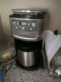 Coffee grinder and brew machine Lincoln, L0R 1B7