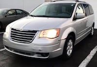 2008 Chrysler Town & Country Touring Madison Heights