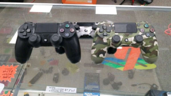 PS4 Controllerr