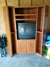 Tv stand with no tv Saint Louisville, 43071