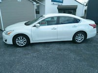 white Nissan Sentra S sedan White Post, 22663