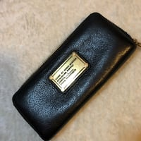Michael Kors wallet  3741 km