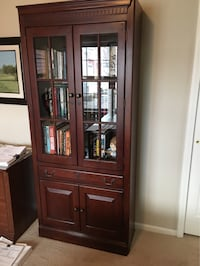 Two cabinets Toledo, 43620