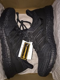 triple black ulraboost size 12