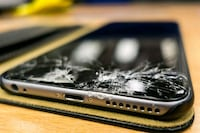 Phone screen repair Centreville