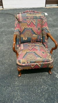 Wood & Fabric Accent chair Rockville