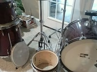 Old drum set (no kick pedal) Sterling, 20165