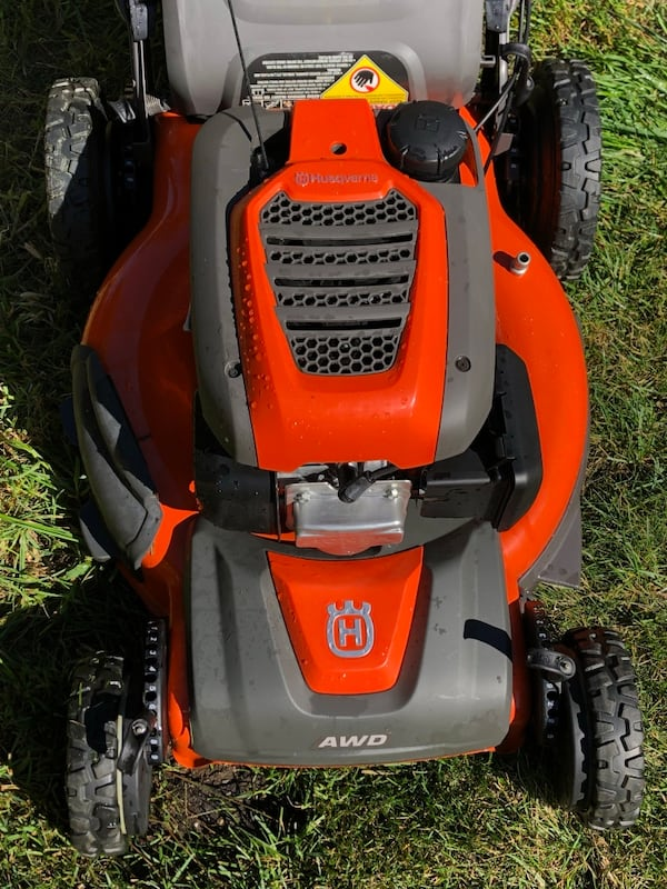 Honda husqvarna awd lawnmower 3