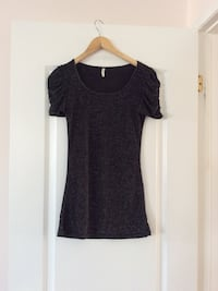 Shining points black scoop-neck short-sleeved top