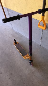 Crisp inception pro Scooter purple and gold Vaughan, L4H 1P9