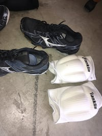 Girls volleyball shoes and pads