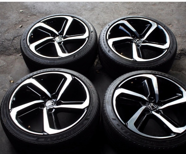 New Honda sport 19 inch rims for sale