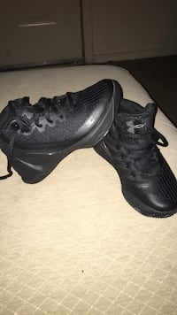 Pair of black Stephen Curry basketball shoes, size 11k, Brand New, Never Worn Little Rock, 72210
