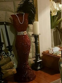 Vintage dress decor  Whitby, L1N 8X2