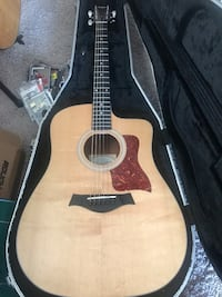 Taylor acoustic electric 110CE 6 String guitar in perfect cond.with brand new Gator hard Case Airline Approved Las Vegas, 89131