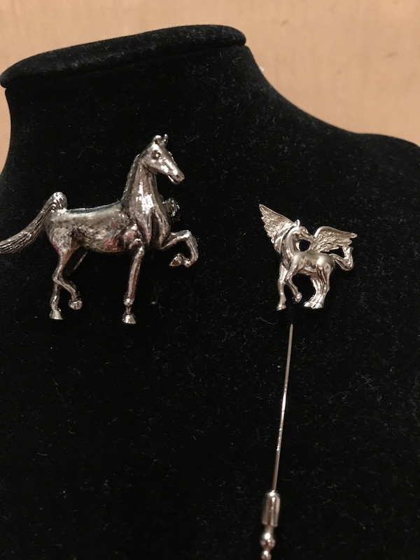 Two Silver Horse Pins 3
