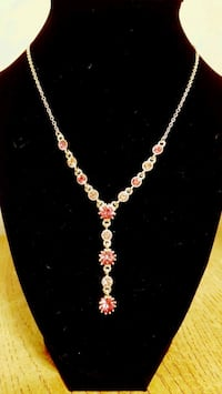 gold chain necklace with pendant Etobicoke, M9R
