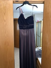 Beautiful dress West Des Moines, 50266