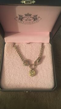 Juicy Couture necklace  San Diego, 92108