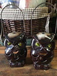 2 Hanging owls candle holders  Conway, 29527