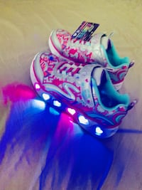Skechers Shoes with lights -  Str 28.5 Sandnes, 4313