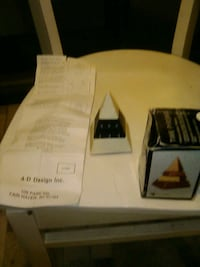 Antique pyramid clock 1988...made in usa New York