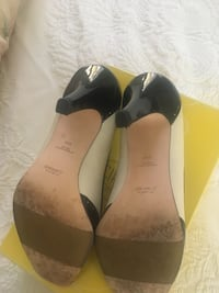 pair of black-and-white patent leather heeled shoes with box Sparks Glencoe, 21152