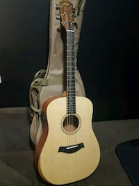 Brand new Taylor electric acoustic guitar Chicago, 60613