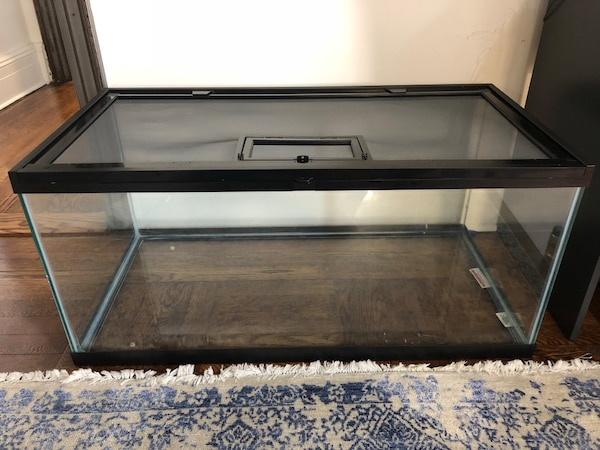 Used Exo Terra 36 X18 X18 40 Gallon Reptile Terrarium For Sale In