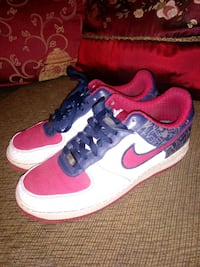 Nike sz 8.5 good condition Gainesville, 30501