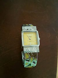 Bangle Quartz watch  Knoxville, 37918