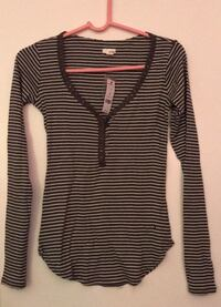 Brand New Striped Long Sleeve Northvale, 07647
