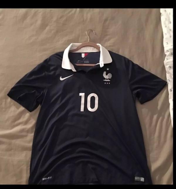 quality design 27586 fe4e1 Authentic France national team Benzema jersey