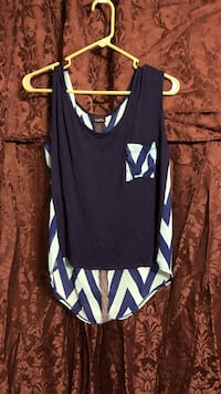 Navy blue and teal Chevron tank top sz L Pineville, 71360